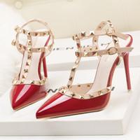 yüksek topuk gladyatör kırmızısı toptan satış-fetiş kırmızı yüksek topuklu kadın ayakkabı tasarımcısı rugan bayan düğün ayakkabı perçinler gladyatör sandalet seksi pompalar sevgililer ayakkabı siyah