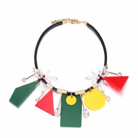 Trendy Mixed Color Geometric Chokers Collier Pendentifs pour Femmes Charms Crystal Leather Cord Brass Brand Jewelry