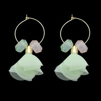 Cute Lovely Gold-Color Hoop Brincos Pink Green Color com fios Flower Shape Hoop Earrings For Women Acessórios