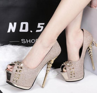 Sexy Women High Heels Platform Peep Toe Pompes Gold Rivets Sequined Prom Chaussures de bal Taille 34 à 39