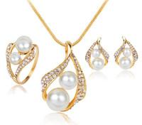 afrikanischer smaragdring großhandel-Frauen-Dame Pearls Choker Ohrstecker Fingerring 3 Stück ein Set Schlangenketten Kristalle Ohrringe