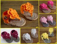 ingrosso ragazzi crochet sandali-Crochet Baby Boys Girls Doppi fiori di lana Baby Sandali Infradito Fondo morbido Flattie Scarpe a maglia Bambini Appartamenti Prewalker 0-12M Filato di cotone