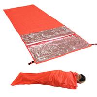 sac de couchage ultraléger le plus chaud achat en gros de-Ultralight Portable Survival Emergency Sac de couchage Camping en plein air Randonnée Sacs de couchage Étanche Réchauffement Étanche Sac de couchage