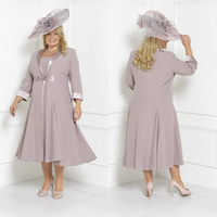 Wholesale tea length winter wedding dresses - Plus Size Mother Of The Bride Dresses Sleeves Tea Length Scoop Neck Wedding Guest Dress Custom Mothers Groom Gown With Free Long Jacket