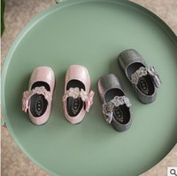 Wholesale Rhinestone Bow Shoes Girls - Baby girls shoes Newborn rhinestone flowers princess shoes fit 0-1T toddler kids bows soft bottom single shoes Infant first walkers T4826