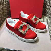 Wholesale Red Foot Pedal - Autumn and winter New Ladies comfortable and convenient fashion square buckle foot pedal le fu shoes black red luxury brand free delivery