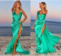 ingrosso abiti romantici per prom-Romantico Satin di seta verde Prom Dress Lunghi Backless Lunghezza del pavimento Sexy Beach Side Fessura Abiti da sera Abiti da sera economici