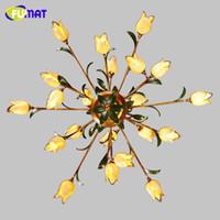 gelber glas-kronleuchter großhandel-FUMAT Glasblumen Kronleuchter American Artistic Yellow Glass Shade Pendelleuchten Wohnzimmer Europäische Art Deco Kronleuchter