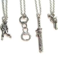 geek kolye toptan satış-12 adet / grup Yürüyüş Ölü Inspired zombi sanatçılar Suç Best Friends charm kolye geek gümüş ton