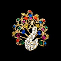 New Cute Peacock Animal Broches Colorful Rhinestone Fashion Broches Pins pour Femmes Costumes Accessoires 18K Gold Plated Jewelry Wholesale