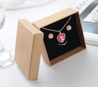 Wholesale Jewellery Cases Boxes - Necklace Jewelry set Box  Lovers Ring Case  Gift Package  Kraft paper Box Jewellery Storage box 8.4*8.4*3.6cm