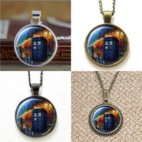 Días De Médicos Baratos-10 unids Doctor Who Rainy Day Tardis Inspired Glass Photo Necklace keyring bookmark pulsera del pendiente de la mancuerna