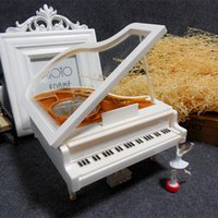 Wholesale Wholesale Piano Music Box - Piano Music Box White Gold Classic With Dancing Girl Song Mechanical Dance Ballet Creative Rotate Pianos Birthday Gift 16 5xb F