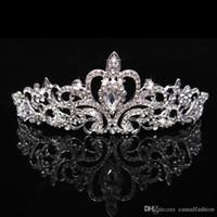 modeschmuck königin großhandel-Heißer Verkauf Hochzeit Glänzende Kronen Mode Günstige Kronen Für Braut Königin Mädchen Party Hochzeit Haarschmuck Krone