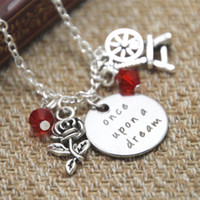 inspirierten schmuck großhandel-12pcs / lot Dornröschen inspiriert Halskette einmal nach einem Traum Prinzessin Aurora Silber farbigen Kristallen Schmuck