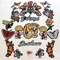 Wholesale T Shirt Decoration - 19pcs Bird tiger flower applique patch vintage embroidered applique T-shirt sweater decoration sew on patch garment accessories