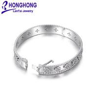 ingrosso braccialetti donna di qualità-Braccialetti di alta qualità per le donne Modello di fiore Zirconia adornano il braccialetto delle donne Nobile elegante stile Sposa Bracciali gioielli