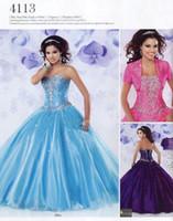 chaqueta de organza azul al por mayor-Nuevo diseño Vestido de gala Cariño Azul púrpura Vestidos de quinceañera Chaqueta de manga corta Bling Cristal con cuentas Organza larga Vestidos de baile