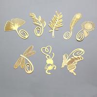marcador gratis chino al por mayor-Favor de la boda Gold Bookmarks Pluma de oliva Ginkgo trigo girasol libélula mono metal estilo chino marcadores creativos DHL envío gratis