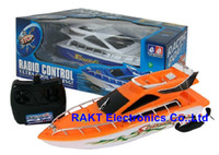 Wholesale Rc Children Boat - Wholesale-2016 New Arrival Mini Fast Electric RC Boat 15-30M Remote control Boat Outdoor Toys Gifts For Boys Children