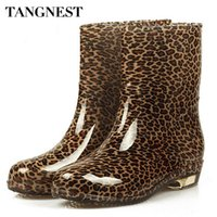 Wholesale Boots Low Heels Women - Wholesale-Tangnest 2016 Fashion Woman Colorful Rubber Shoes Round Toe Low-heel Ankle Rain Boot Women Water Shoes Big Size 36-40,XWX511