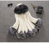 falso de casaco de mink branco venda por atacado-Mulheres de luxo Faux Fur Casaco Com Capuz Moda Inverno Senhoras Imitação Mink Outerwear Jaqueta roupas quentes branco preto