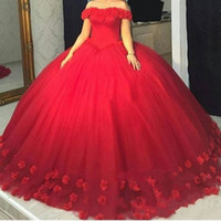 doce inchado azul 16 vestidos venda por atacado-Red 3D-Floral Apliques Puffy Ball Gown Vestidos Quinceanera Doce 16 Fora Do Ombro Tule Vermelho Lace Up Back Partido Pageant Para As Meninas