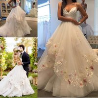 Wholesale Country Garden Wedding Flowers - Hayley Paige 2017 Elegant 3D Appliques Wedding Dresses With Spaghetti Straps Tiereds Skirt Handmade Flowers Garden Country Wedding Gowns