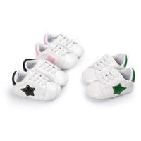 ingrosso scarpe a punta per i ragazzi-Baby sneaker primi camminatori simpatici bambini Five-Pointed Star patch suola morbida slip-on shoes ragazze prewalkers per 0-2T