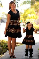 2017 Leopard Fashion mamma e me Family Matching Outfits vestiti madre e figlia Mano e figlia look famiglia look