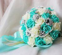 weißes perlenband großhandel-30cm Rose Künstliche Perlen Brautstrauß Braut Blumen Blau Weiß Hochzeit Bouquet Seidenband New Buque De Noiva