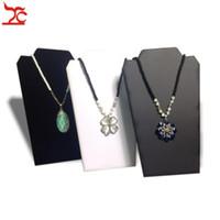 soportes de exhibición de la joyería del collar del cartón al por mayor-Exhibición de la joyería al por menor Rack Large plegable collar colgante titular 3 colores disponibles caballete de la cartulina soporte 20 * 32cm