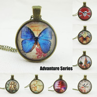 Wholesale Butterfly Locket Vintage - Vintage Bronze Colorful Butterfly Map Locket Glass Necklace Round Cabochon Men Chain Necklaces Link Jewelry Gift