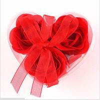 ingrosso valentine uno-Rose di alta qualità Colori della miscela A forma di cuore Fiore di sapone di rosa per sapone da bagno romantico e regalo (3 pezzi = una scatola) Sapone da bagno Regalo di San Valentino
