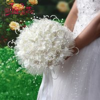 Wholesale Bridal White Flower Bouquet Holding - African Wedding Bouquets White Beige Romantic Flowers Satin with Pearls Luxury Bridal Bouquet In Stock Hand Holding Flowers