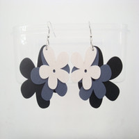 Elegant Lady Mixed Black Grey White Wooden Dangle Flower Brincos Multi-colored Big Flowers Drop Dangle Earrings