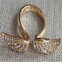 ingrosso mix anello d'oro-Min.order è $ 15 (ordine misto) - The New Golden Angel Wings Ring-sideng
