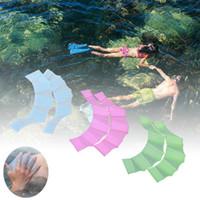 luvas flipper nadar venda por atacado-Sapo Mão Flipper Crianças Formação Mergulho Luvas de Natação Sapo de Silicone Sapo Mão Flipper Luvas Webbed para Crianças Dos Homens Das Mulheres dos desenhos animados