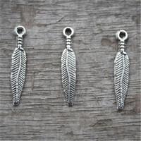 ingrosso cacciatore di uccelli-40pcs - Charms in piuma, pendenti con pendenti in argento tibetano tono antico, pendente Dream Catcher, goccia di piume di uccello, 25x4mm