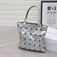 Wholesale Cheap Women Satchels Bags - 2017 new fashion trend Variety folding geometric Ling grid laser bag ladies portable shoulder bag cheap sale of Chinese-made