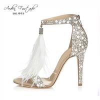 Sandales a talons hauts avec personnalite pour le mariage colorees avec la decoration de papillon bouts ouverts pointues pompes MfGD8j8kB