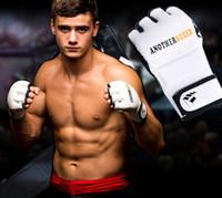 боксерские боксерские перчатки оптовых-Новые Половина пальца муай тай боксерские перчатки Guanti MMA Handschoenen Тренировка Спорт Фитнес Борьба Boxeo Кик боксерские перчатки