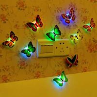 ingrosso adesivi a parete di plastica della farfalla-2017 Farfalla Paste Lamp Plastic Night Light LED Nightlight Lampada Wall Sticker Home Decor Regalo di Halloween Natale