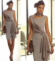 Wholesale Mini Brides Chiffon Dresses - Modest Plus Size Short Mother Of the Bride Dresses Sheath With Scoop Neck Cap Sleeve Beaded Wedding Groom Party Evening Gowns Silver Cheap