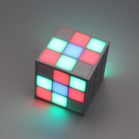 cubo led inalámbrico al por mayor-Altavoz Bluetooth Cube Reproductor de audio portátil LED RGB Altavoces inalámbricos con luz Tarjeta Mic TF para iPhone 6S 6S Plus Smartphone