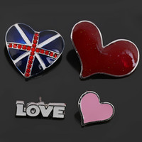 Wholesale Union Pins - Wholesale- Set of 4 Pieces Enameled Union Jack Red Heart and LOVE Brooches or Lapel Pins for Garments Bags Scarfs or Heels