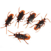 Wholesale Rubber Cockroaches - Wholesale-2016 New 30Pcs Set Halloween Fake Plastic Cockroaches Rubber Toy Joke Decoration Props