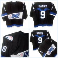 schwarze falken trikots großhandel-Mighty Ducks Film Jersey Hawks Adam Banks # 9 Männer 100% genäht Stickerei Logos Hockey Trikots schwarz schnelle Lieferung