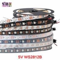 rgb liderliğindeki ws2812b toptan satış-DC5V ayrı ayrı adreslenebilir ws2812b led şerit işık beyaz / siyah PCB 30/60/144 piksel, akıllı RGB 2812 led şerit şerit su geçirmez IP67 / IP20