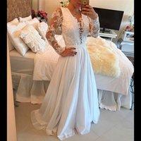 langer kleiderhülsen großhandel-Sexy V-Ausschnitt Weiß Spitze Appliqued Perlen Abendkleider Eine Linie Chiffon Long Sleeves Prom Party-Kleid Fromal Kleider